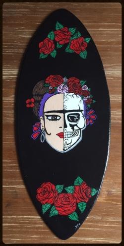 surf-frida-skull